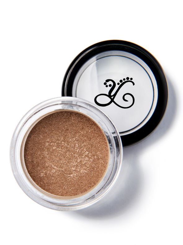 Motivate .8g Eyeshadow